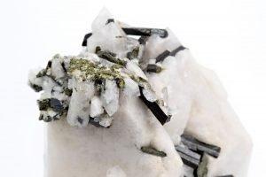 milky quartz & epidote